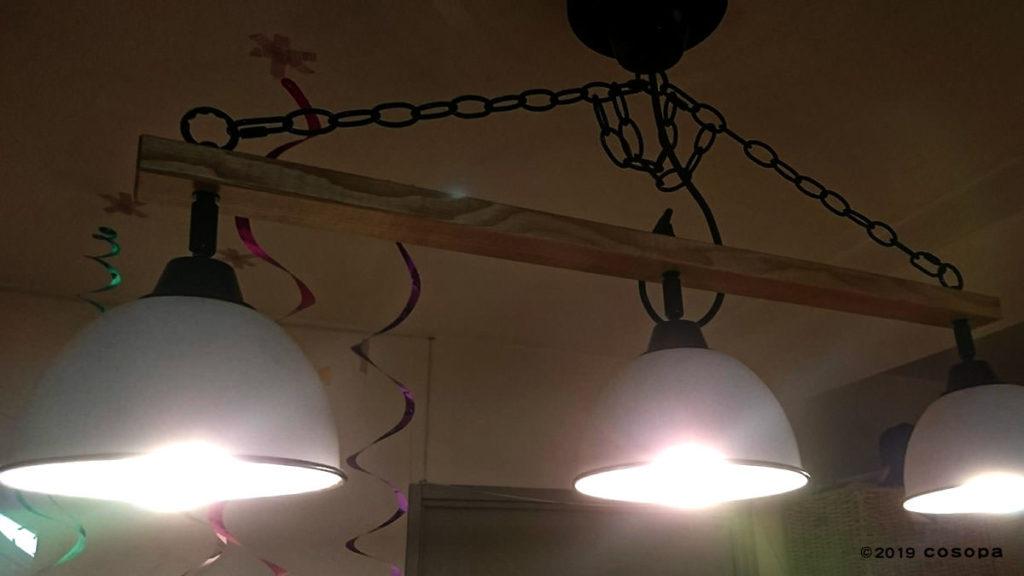 アナログな雰囲気の海外製のこの照明もスマート家電コントローラーでスマート家電の仲間入り!